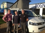 Warren collecting his campervan from Oli and Justin(Click here to view the full image)